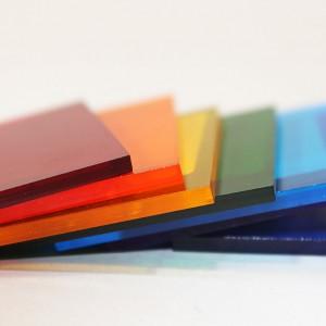 Монолитный цветной поликарбонат Kinplast, (2,05*3,05м, 2мм)
